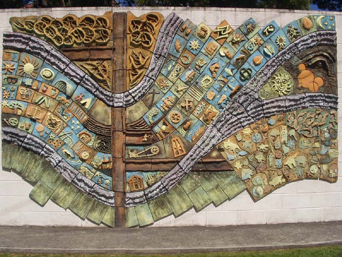 Beaconsfield ceramic mural for Clay tile mural