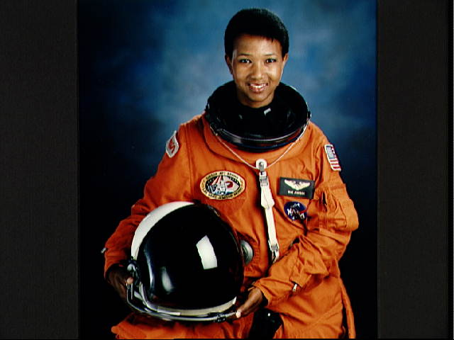 black female astronaut who died - photo #6
